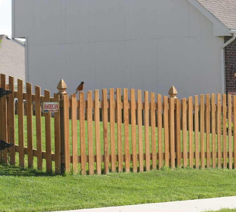 AFC Sioux City - Wood Fencing, 1001 4' overscallop picket