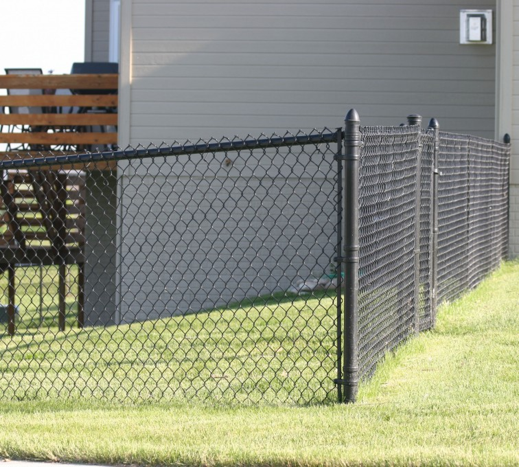 AFC Sioux City - 4' black chain link fencing