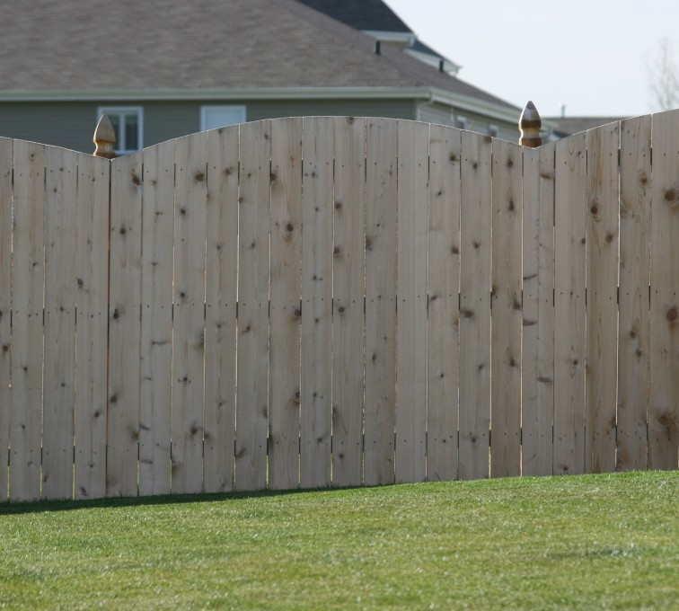 AFC Sioux City - Wood Fencing, 1020 Wood 6' overscallop solid