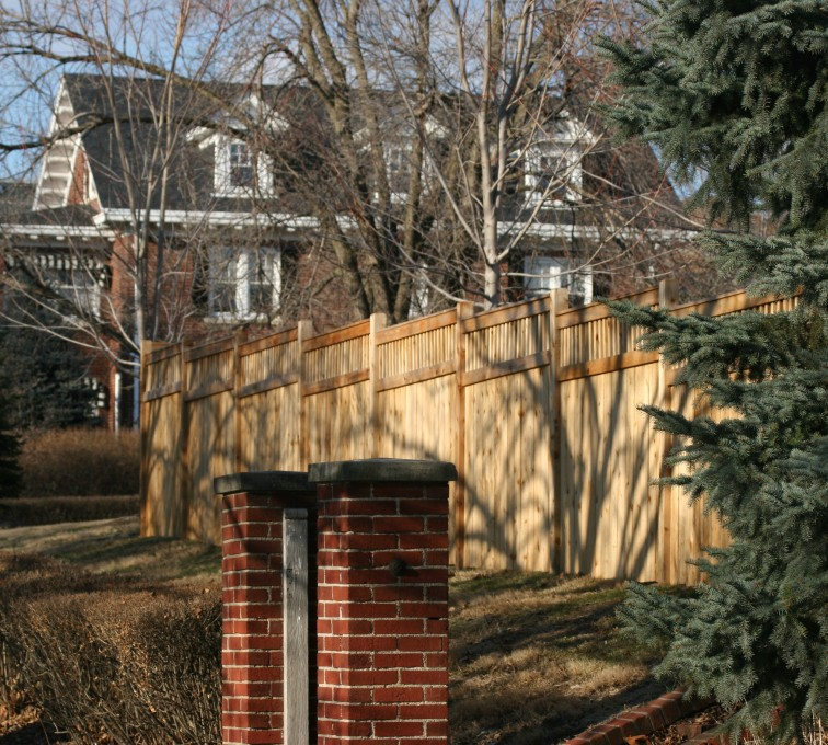 AFC Sioux City - Wood Fencing, 1047 Custom Dato
