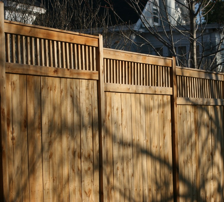 AFC Sioux City - Wood Fencing, 1054 Custom Solid with Accent Top
