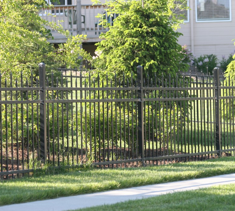 AFC Sioux City - residential 4' ornamental spear top fence
