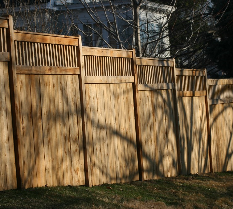 AFC Sioux City - Wood Fencing, 1055 Custom Solid with Accent Top