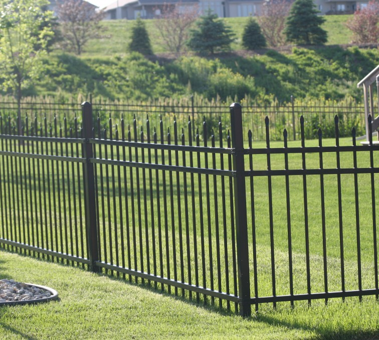 AFC Sioux City - Ornamental fence with spear top