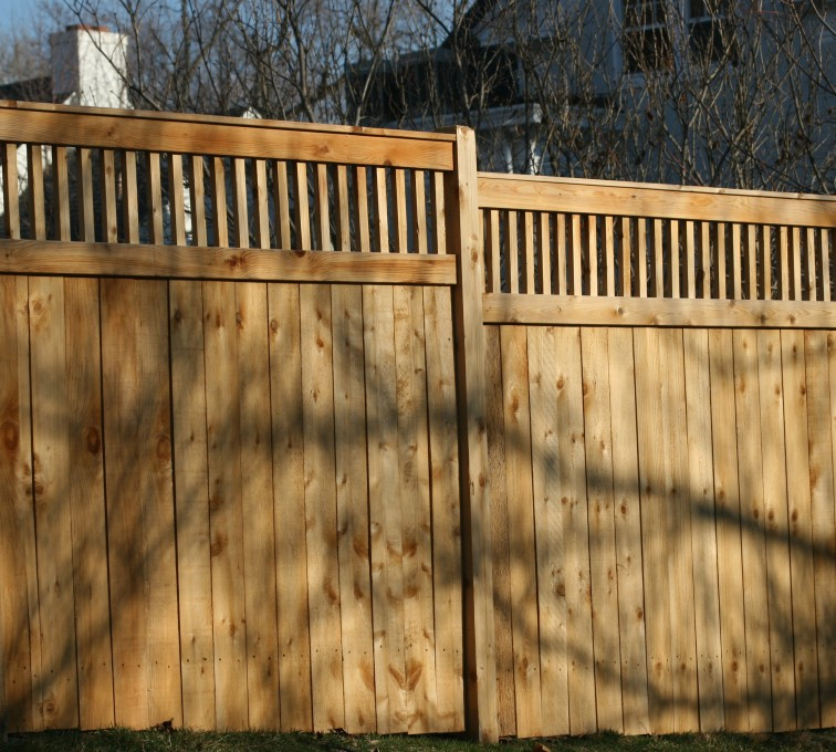 AFC Sioux City - Wood Fencing, 1058 Custom Solid with Accent Top