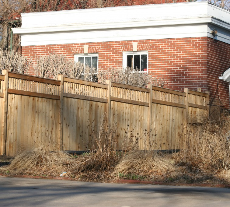 AFC Sioux City - Wood Fencing, 1061 Custom Solid with Accent Top