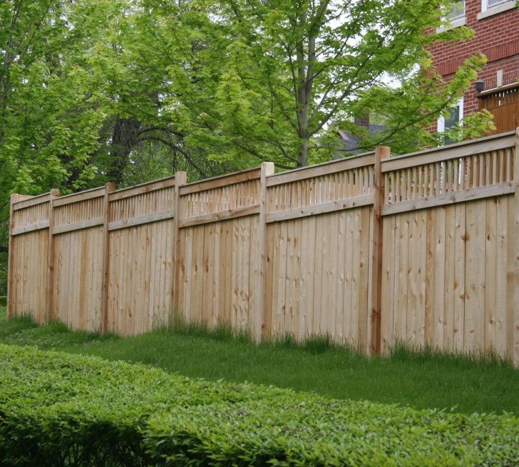AFC Sioux City - Wood Fencing, 1064 Custom Solid with Accent Top