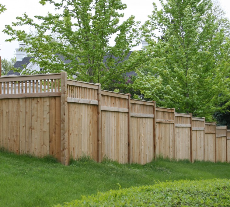 AFC Sioux City - Wood Fencing, 1069 Custom Solid with Accent Top