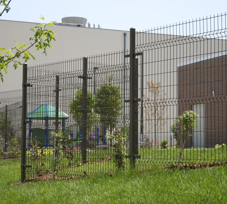 AFC Sioux City - Fence made of woven wire