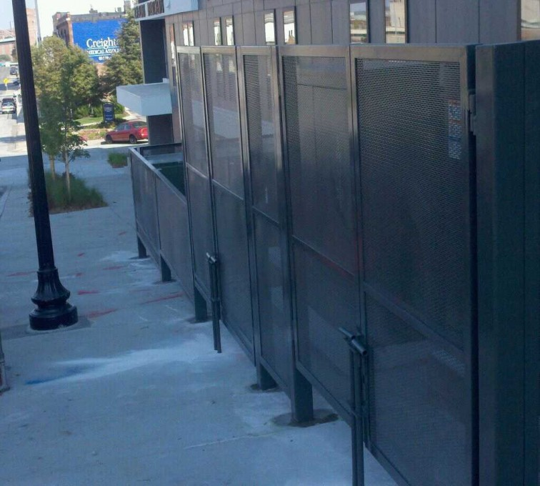 AFC Sioux City - Welded and woven wire fencing enclosure