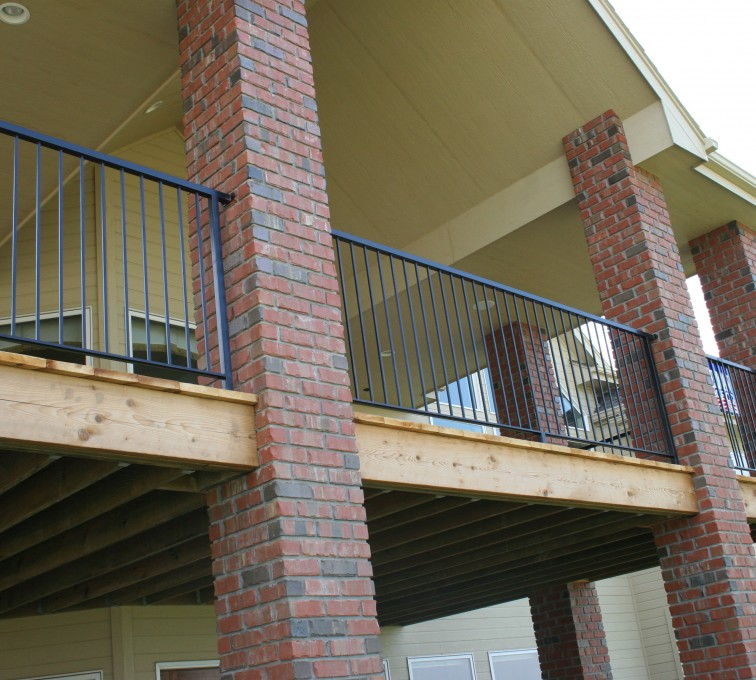 AFC Sioux City - residential custom railing on house deck