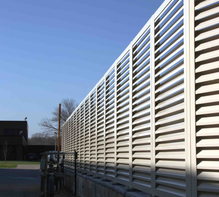 AFC Sioux City - Aluminum louvered fencing