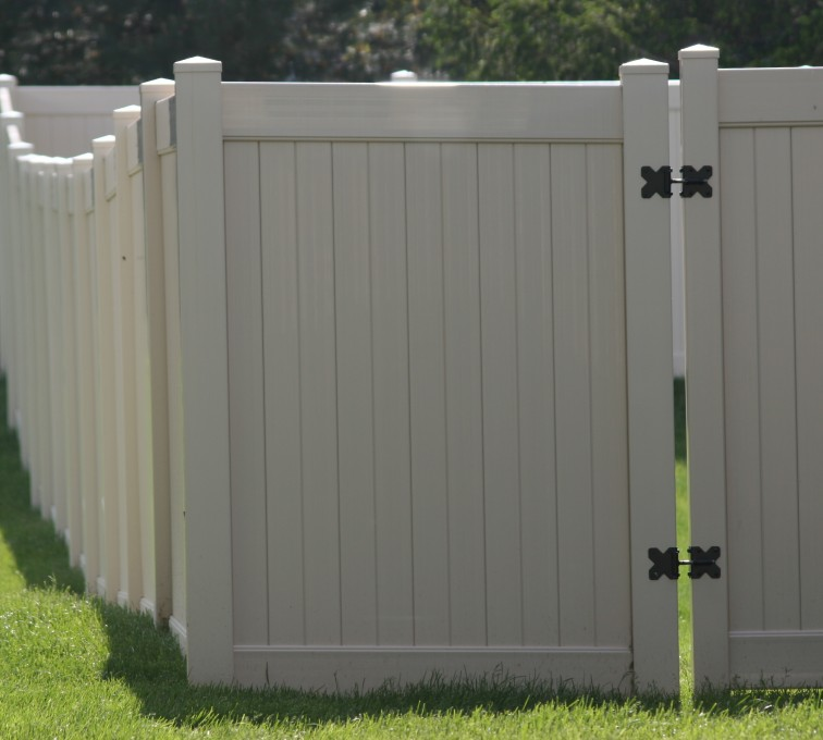 AFC Sioux City - Vinyl Privacy Gate