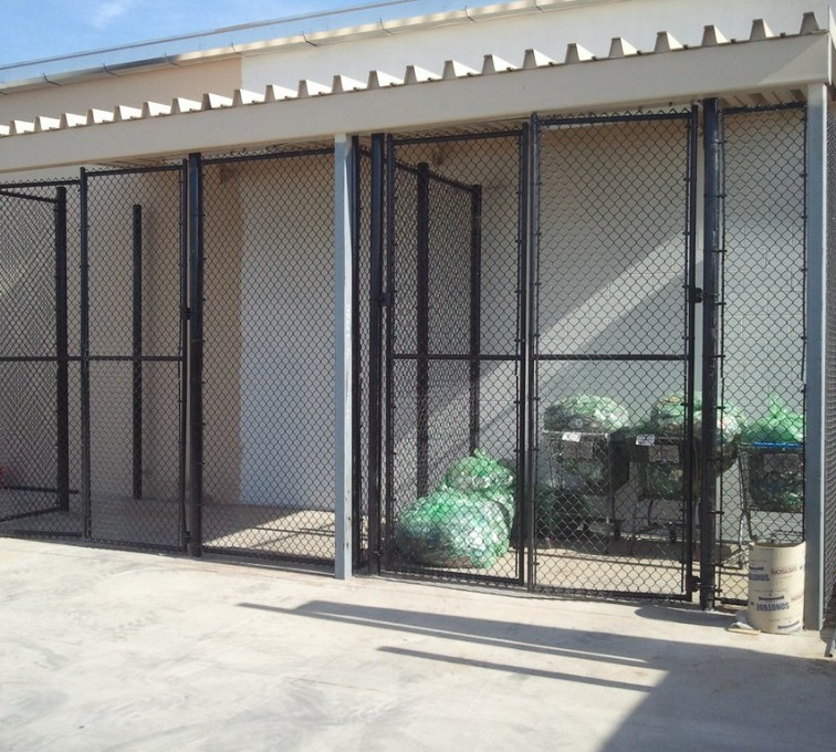 AFC Sioux City - 8' Chain Link Recycling Enclosure