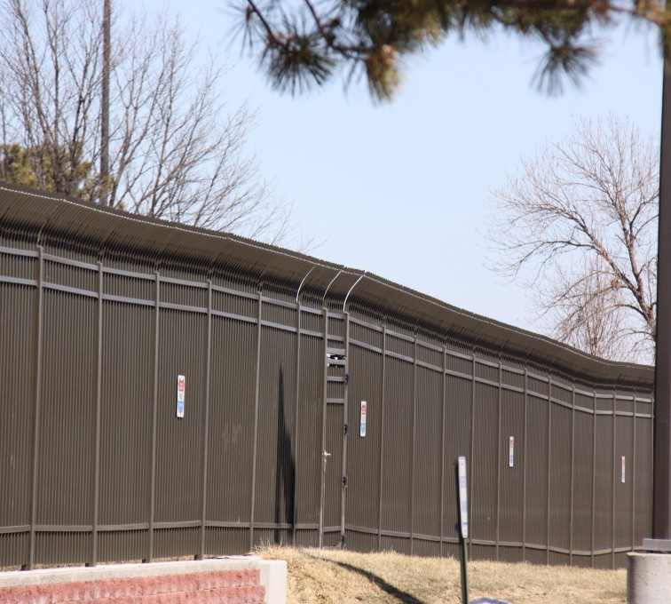 AFC Sioux City - Spear Top Ornamental Airport Fencing
