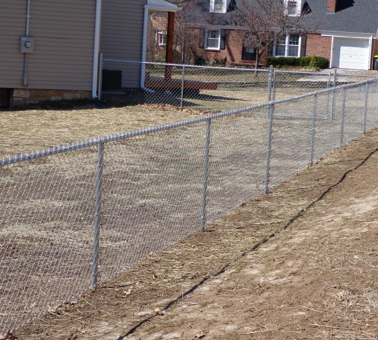 AFC Sioux City - 4' Galvanized Chain Link Fence