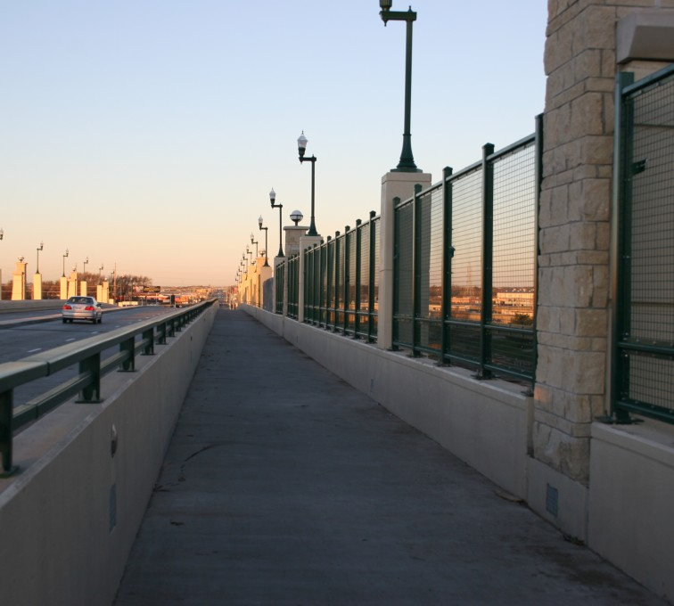 AFC Sioux City - Overpass welded wire fencing