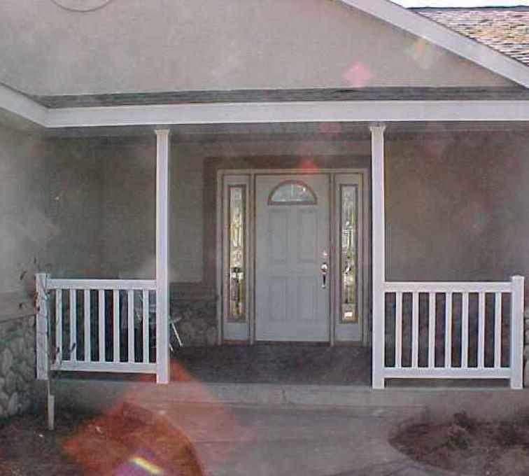 AFC Sioux City - White vinyl porch railing