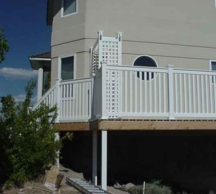 AFC Sioux City - White wraparound porch