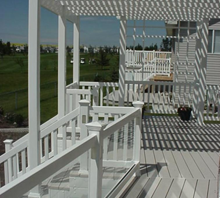 AFC Sioux City - White vinyl pergola