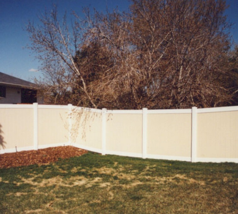 AFC Sioux City - Combination Tan and White Vinyl Privacy Fencing