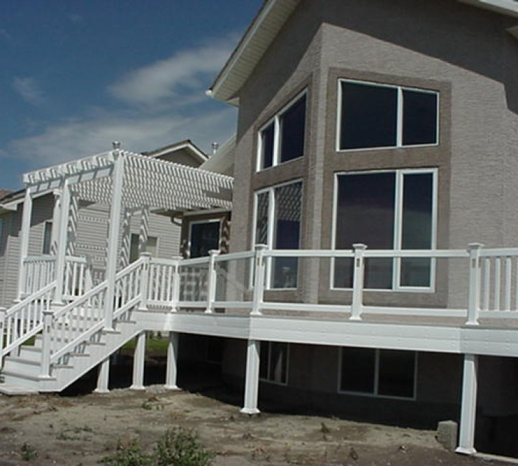 AFC Sioux City - Home with white railing