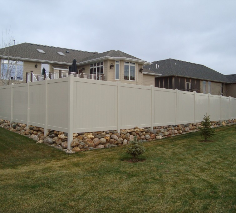 AFC Sioux City - Sandstone Privacy Vinyl Fence