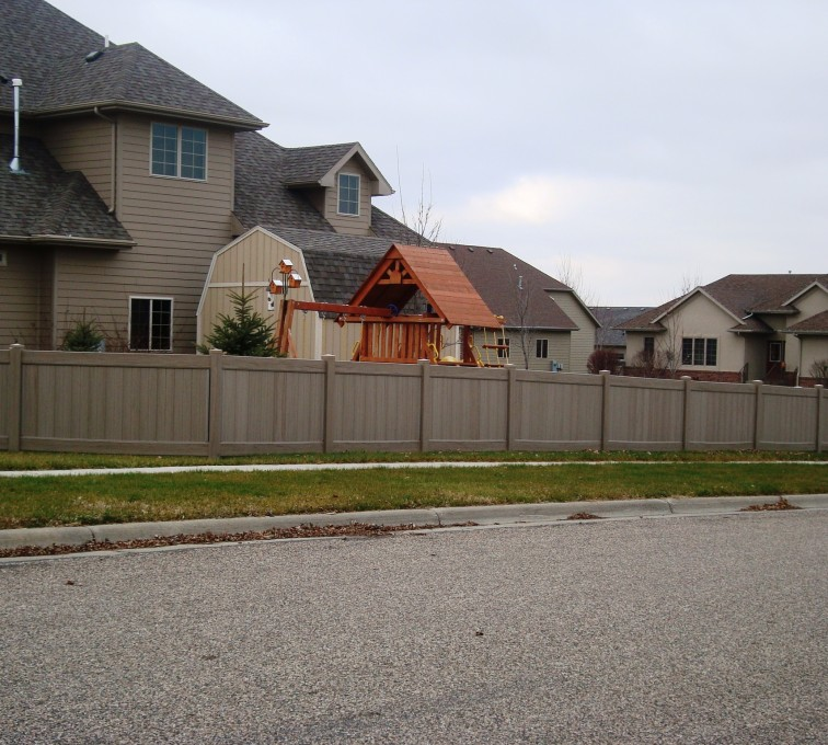 AFC Sioux City - Woodland Select Vinyl Solid Fencing