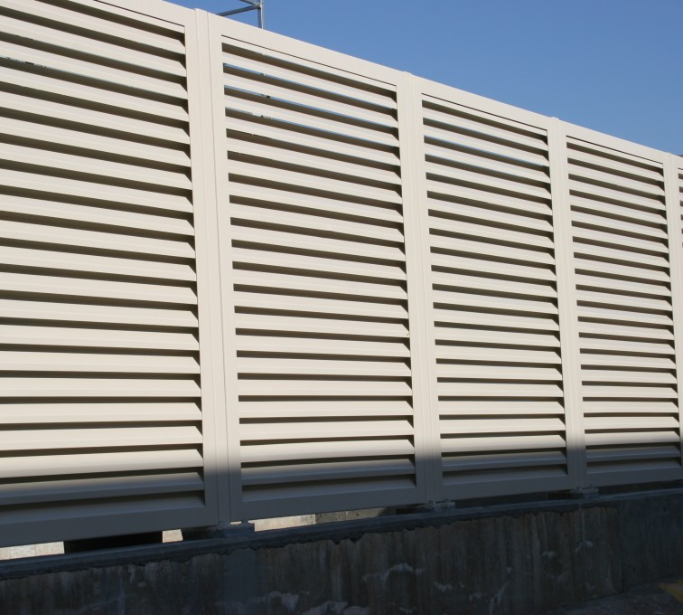 AFC Sioux City - Steel Louvered Fence System