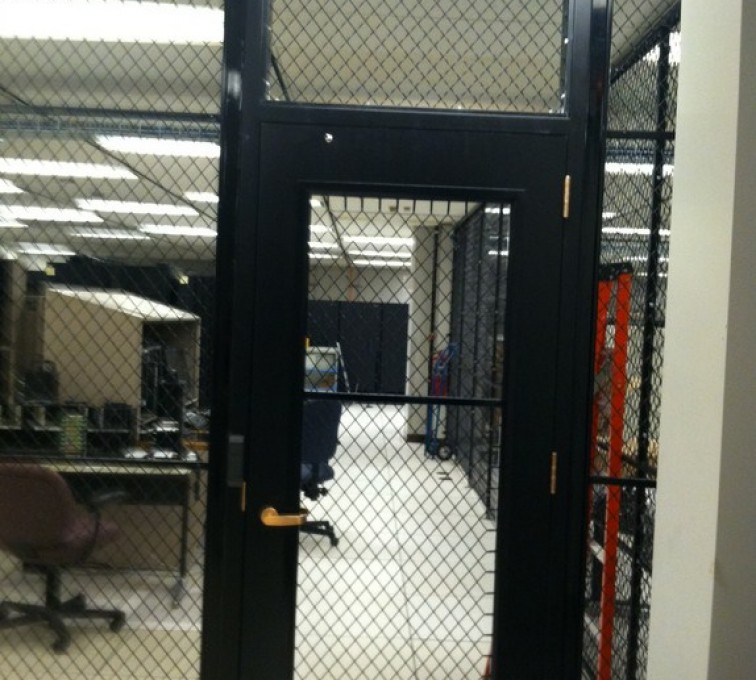 AFC Sioux City - Wire mesh partition with secure door